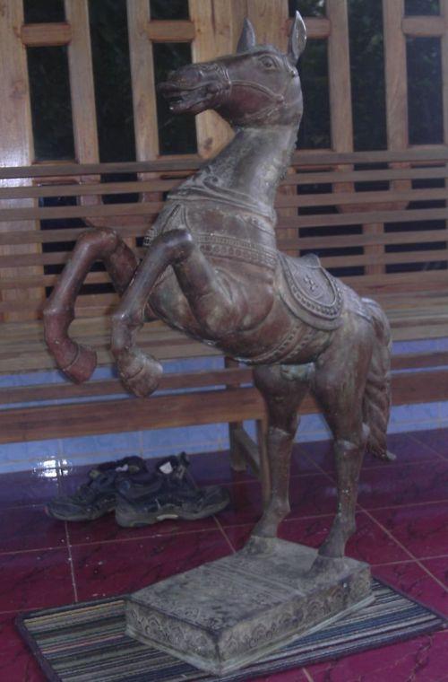 kuda perunggu
